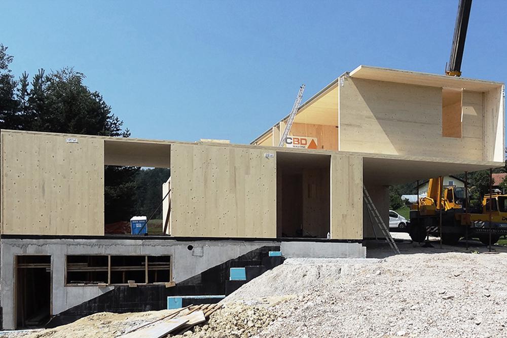 Pravilno zasnovana lesena gradnja dobro prenaša potresne obremenitve, vir: cbd.si